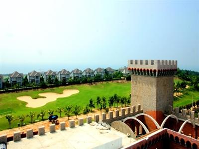 Lâu đài rượu vang đầu tiên Việt Nam giữa nắng gió Phan Thiết