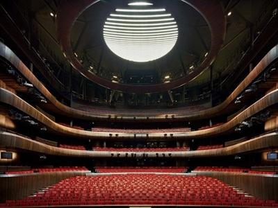 50 nhà hát 'nghìn ghế'