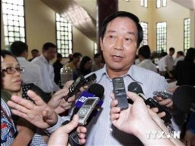 Mỹ nên bỏ lệnh cấm bán vũ khí sát thương cho Việt Nam