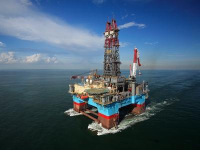 Giá dầu thô giảm sau bầu cử Ukraine và đánh giá về thị trường Mỹ