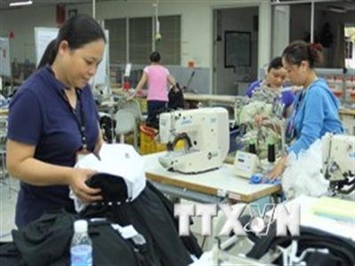 Thủ tướng chỉ đạo tiếp tục hỗ trợ doanh nghiệp khắc phục thiệt hại
