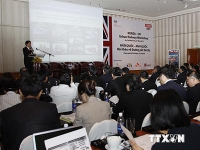 Anh và Hàn Quốc muốn hỗ trợ TPHCM phát triển đường sắt đô thị
