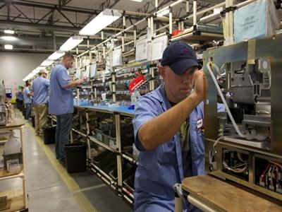 PMI tháng 5 của Mỹ xuống thấp nhất trong 3 tháng