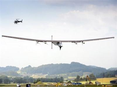 Máy bay năng lượng mặt trời bay thử thành công
