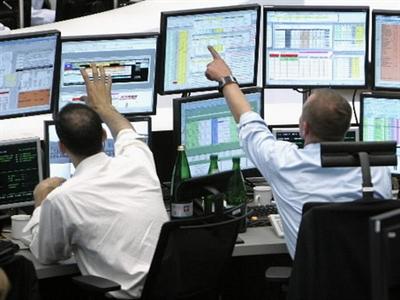 Chứng khoán châu Âu khởi sắc, đồng euro mất giá sau quyết định của ECB