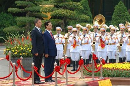Thủ tướng Nguyễn Tấn Dũng hội đàm với Thủ tướng Italy