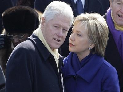 Nhà Clinton phá sản sau khi rời Nhà Trắng