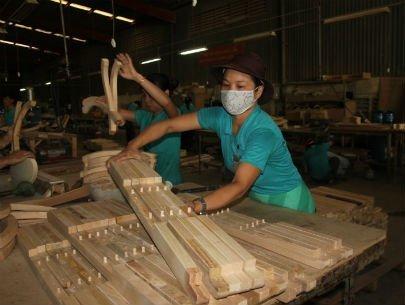 Ngành đồ gỗ có nhiều đơn hàng từ Trung Quốc chuyển sang