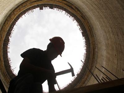 Bức tranh kinh tế Trung Quốc trái chiều trong 5 tháng đầu năm