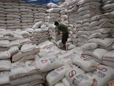 Giá gạo nội địa Philippines dự đoán tăng 5% trong năm 2014