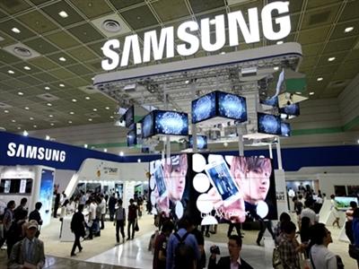 Samsung tìm cách tiêu núi tiền 60 tỷ USD