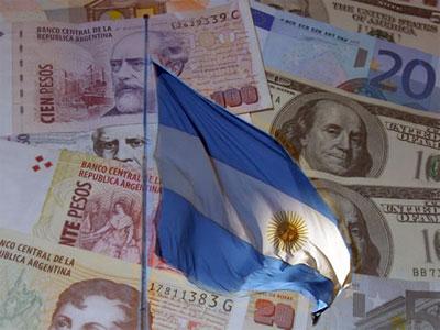 S&P hạ liền 2 bậc xếp hạng nợ của Argentina