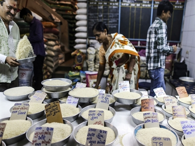 Ấn Độ bán ra 25% lượng gạo dự trữ để kiềm chế lạm phát