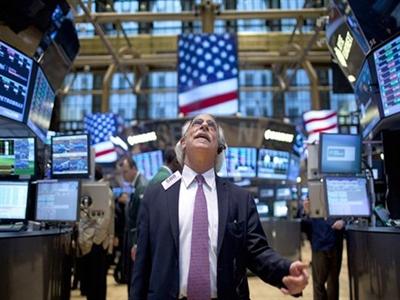 Chứng khoán Mỹ tăng điểm trước cuộc họp của Fed