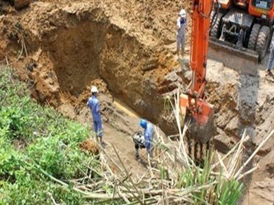 Vì sao đường ống nước sông Đà bị vỡ?