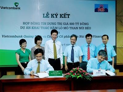Vietcombank tài trợ 800 tỷ đồng cho dự án khai thác hầm lò mỏ than Núi Béo