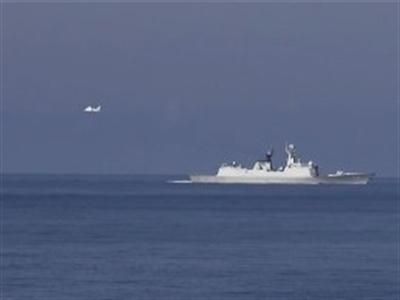 Máy bay Trung Quốc quần thảo liên tục trên khu vực giàn khoan