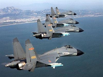 Trung Quốctập trận trên biển Hoa Đông, hủy hàng loạt chuyến bay