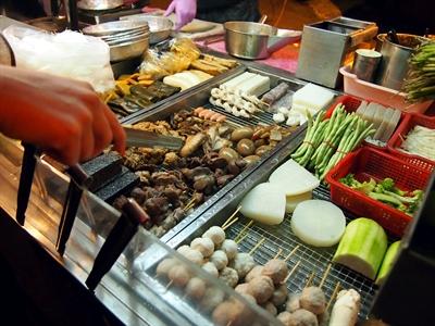 Giá tiêu dùng tại Singapore bất ngờ tăng nhanh