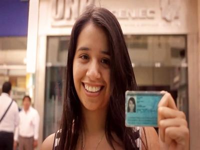 Chứng minh thư hạnh phúc kiểu Peru