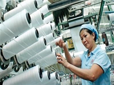 Tại sao dệt may Việt Nam phải cấp bách tránh phụ thuộc Trung Quốc?