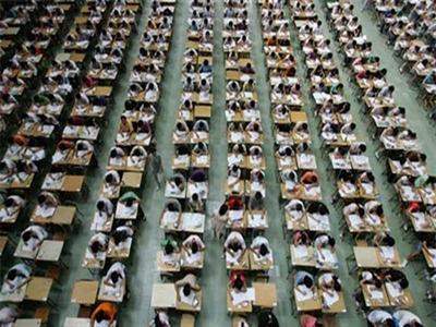 Kỳ thi đại học Trung Quốc - nơi thời gian ngưng đọng