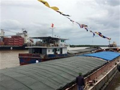 Mở tuyến vận tải thủy Quảng Ninh - Quảng Bình giảm ùn tắc cảng Hải Phòng