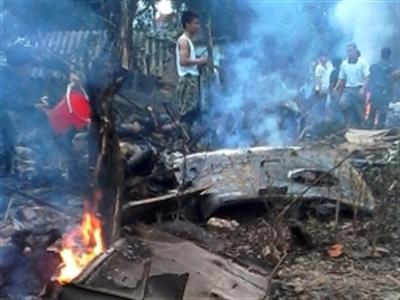 Trực thăng rơi ở khu vực Hòa Lạc, 17 người thiệt mạng