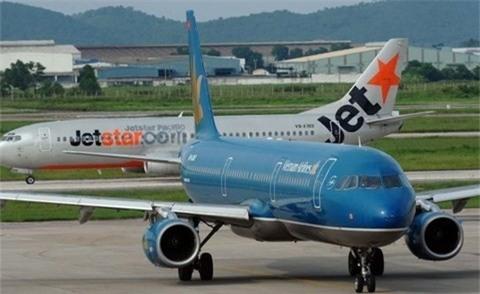Máy bay Vietnam Airlines và Jetstar Pacific suýt va chạm trên đường băng