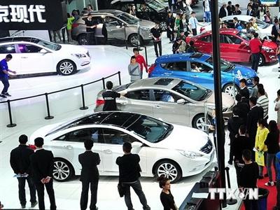 Doanh số xe 6 tháng đầu năm của Trung Quốc tăng 8,4%