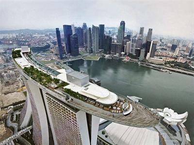 Kinh tế Singapore bất ngờ suy yếu trong quý II