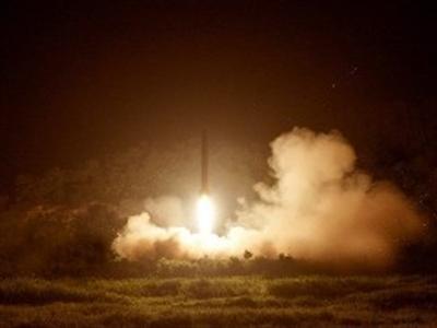 Triều Tiên bắn 100 loạt đạn pháo vào vùng biển phía Đông