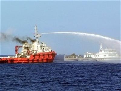 Trung Quốc ngang ngược đòi các nước lập tức rút khỏi các đảo trên Biển Đông