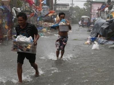 Siêu bão Rammasun tấn công Philippines