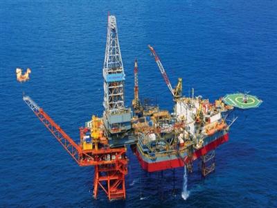 Xuất khẩu dầu thô sang Trung Quốc vượt cả năm 2013