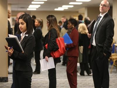 Mỹ: Số người thực nhận trợ cấp thất nghiệp xuống thấp nhất 7 năm