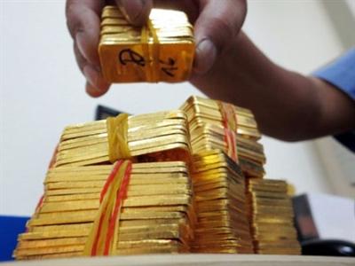 Giá vàng trong nước vẫn cao hơn thế giới 3,5 triệu đồng/lượng