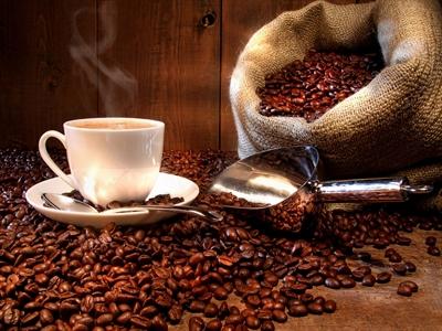 Giá cà phê Tây Nguyên giảm tiếp xuống 38,8-39,4 triệu đồng/tấn