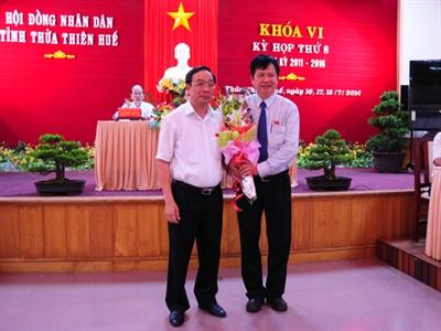 Giám đốc Sở Y tế được bầu giữ chức Phó Chủ tịch Thừa thiên-Huế