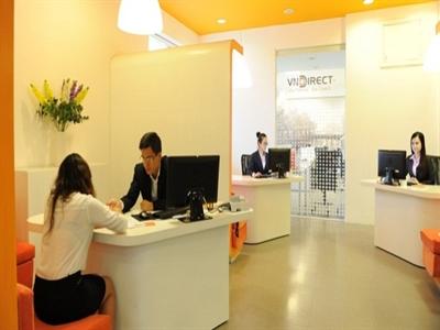 Nhân viên VNDirect cho mượn chứng khoán trên tài khoản khách hàng