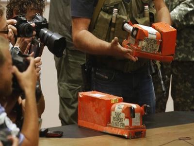 2 hộp đen của MH17 sẽ được 'giải mã' tại Anh như thế nào?