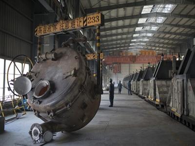 Sản xuất Trung Quốc tăng nhanh nhất 18 tháng