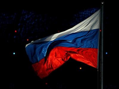Nga bất ngờ nâng lãi suất lên 8%