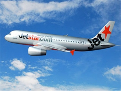 Mất kiểm soát với nhân viên không lưu, máy bay Jetstar lòng vòng trên trời