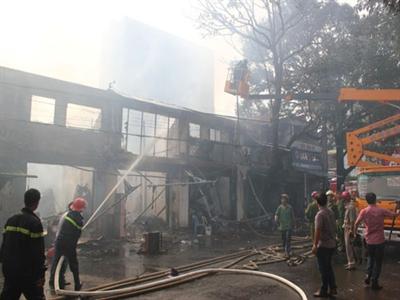 Cháy lớn 'chưa từng có' 'ở trung tâm TP.Buôn Ma Thuột