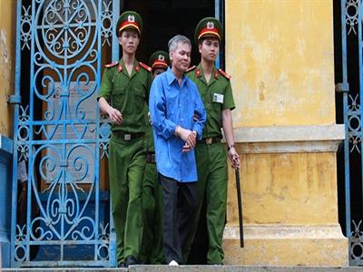 Nguyêntổng giám đốc ALCII Vũ Quốc Hảo lãnh 12 năm tù