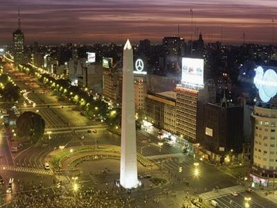 Kệ kinh tế suy thoái, chứng khoán Argentina vẫn tăng mạnh