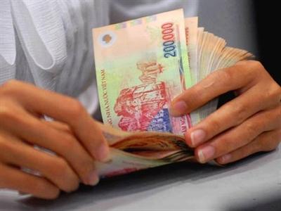 Lương tối thiểu vùng phải đạt 3,4 triệu đồng/người/tháng vào 2015