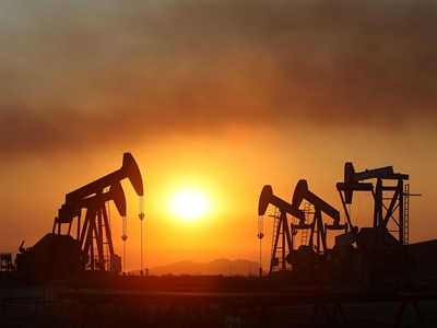 Giá dầu xuống thấp nhất 19 tuần