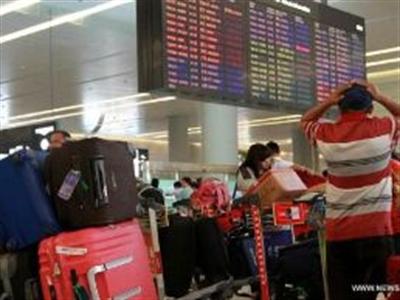 Trung Quốc dỡ lệnh hạn chế hàng không